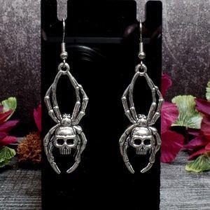 Spider Skull Earrings - Skulltula